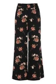 salg af b-young bukser i sort med blomster