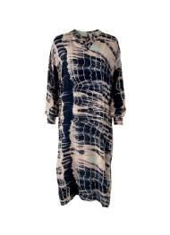 salg af Black Colour kjole i Batik rosa farvet