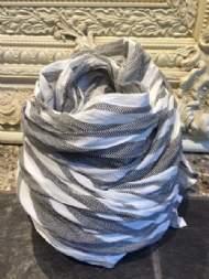 salg af Dagny tørklæde i lys brun bomuld