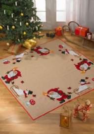 salg af Nisse/Snemand juletræstæppe Permin
