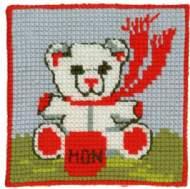 salg af Påtegnet Børne broderi fra Permin Børnestramaj hvid bamse